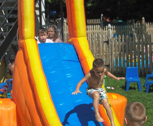 summer-camp-water-slides